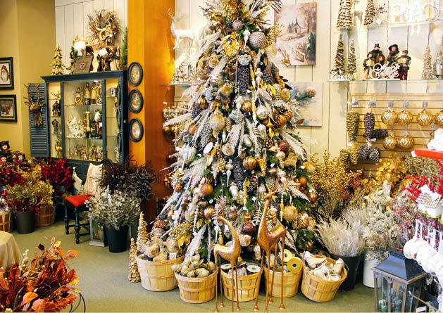 Seasonal Store Holiday Bliss Is Back, With Festive Decorations And Tips For  Decorating Your Home.