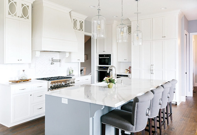 An all-white kitchen designed by Interior Impressions.